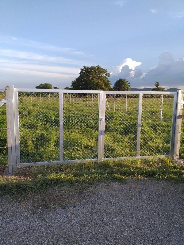 ผลงานติดตั้ง ประตูรั้วตาข่ายถัก อ.อู่ทอง จ.สุพรรณบุรี - 21 มิ.ย. 63