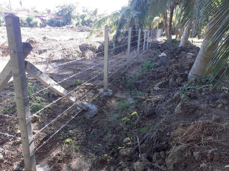 ผลงานติดตั้ง รั้วลวดหนาม ต.บ้านหม้อ อ.เมือง จ.เพชรบุรี - 17 ก.ค. 63