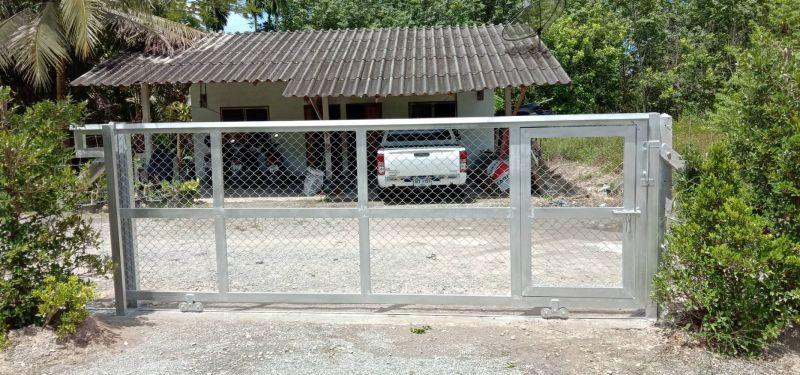 ผลงานติดตั้ง ประตูรั้วตาข่ายถัก ต.หนองบัว อ.บ้านค่าย จ.ระยอง - 30 ก.ย. 63
