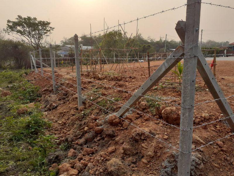 ผลงานติดตั้ง รั้วลวดหนาม ต.ท่ามะขาม อ.เมือง จ.กาญจนบุรี - 14 มี.ค. 64