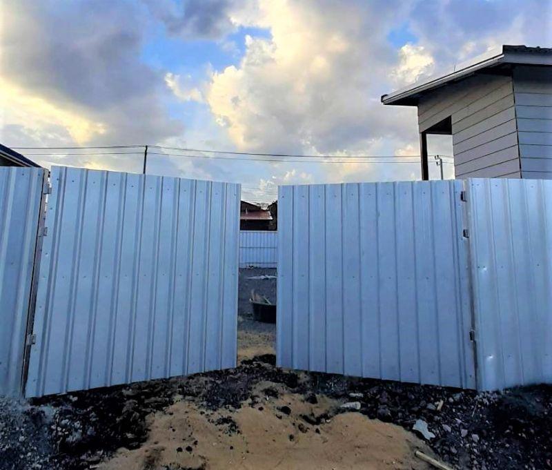 ผลงานติดตั้ง ประตูรั้วเมทัลชีท เขต ประเวศ กรุงเทพมหานคร - 20 มิ.ย. 64