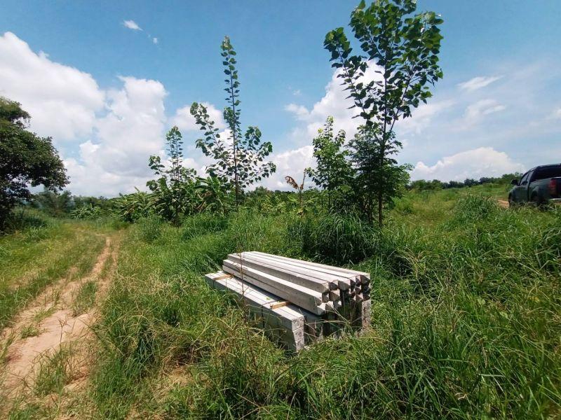 จัดส่ง เสารั้วลวดหนาม ต.ดงขี้เหล็ก อ.เมือง จ.ปราจีนบุรี - 29 ก.ย. 64